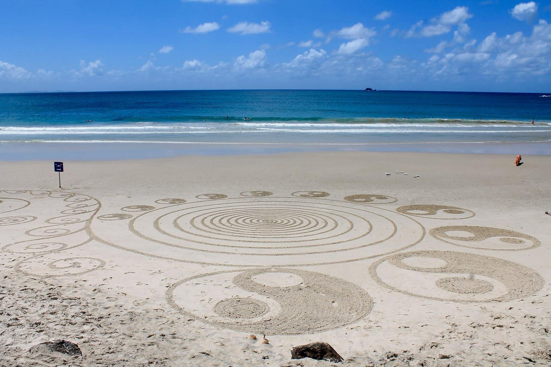 beach-2487581_1920