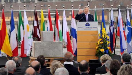Ekonomika založená na lidských hodnotách je trvale udržitelná a bez prudkých ekonomických výkyvů (pixmac.cz)